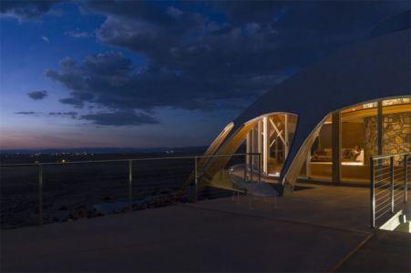 façade principale nuit - Volcano-House - Californie, USA