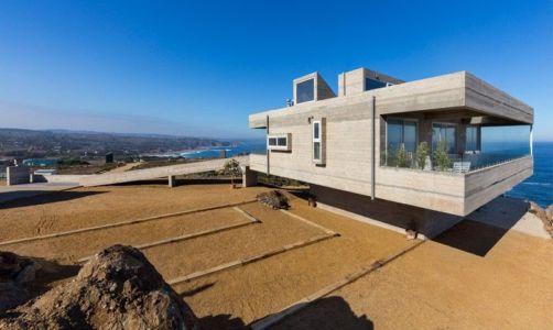 façade principale & vue balcon - Mirador House par Gubbins Arquitectos - Tunquen, Chili