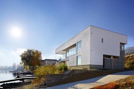 façade route - Elenko Residence par CEI Architecture - Osoyoos, Canada