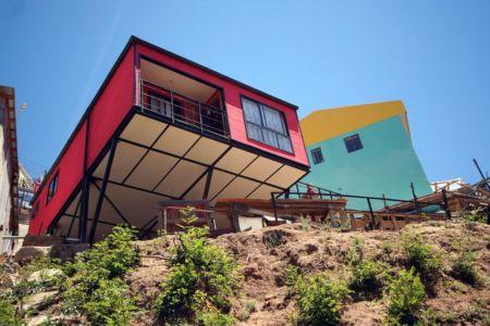 façade second étage - Suarez-House par Arq2g-arquitectura - Valparaíso, Chili