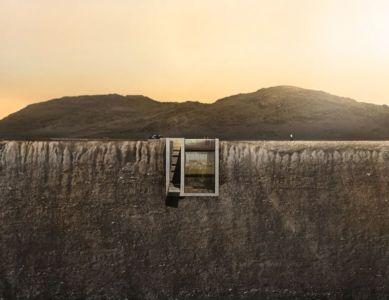 façade semi-enterrée coucher soleil - Casa Brutale par OPA_Open Plateform - Grèce