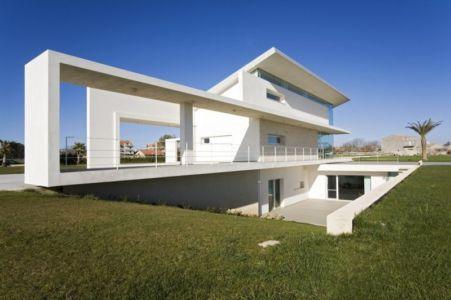 façade sous-sol - Villa T by Architrend Architecture - Ragusa, Sicile, Italie