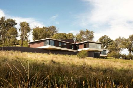 façade sud - High Country House par Luigi Rosselli Architects - Armidale, Australie