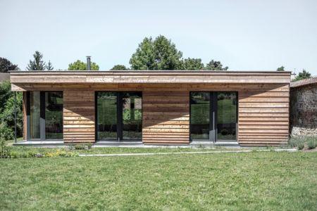 façade sud - Maison P(c)ap(l)ill(ss)on par Guillaume Ramillien architecture - Yzeure, France - Photo Eric Pouyet