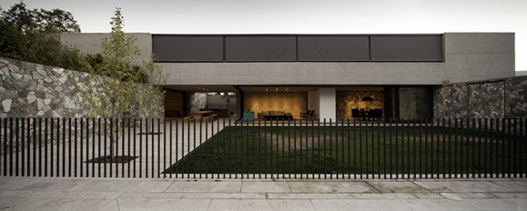 façade terrase - SH House par 01arq - La Dehesa, Chili