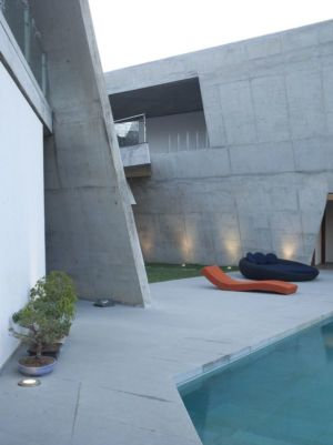 façade terrasse - Alibaug-House par Malik Architecture - Maharashtra, Inde