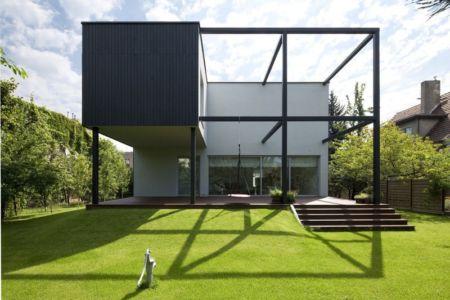 façade terrasse - Black Cube House par KameleonLab - Pologne
