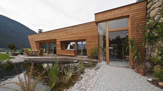 façade terrasse - Brunner House par Norbert Dalsass - Italie
