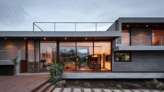 façade terrasse - Corredor House par Chauriye Stäger Architects - Santiago, Chili