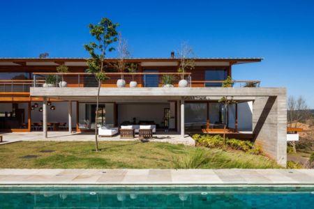 façade terrasse - Ft house par Reinach Mendon Arquitetos - Bragança Paulista, Brésil