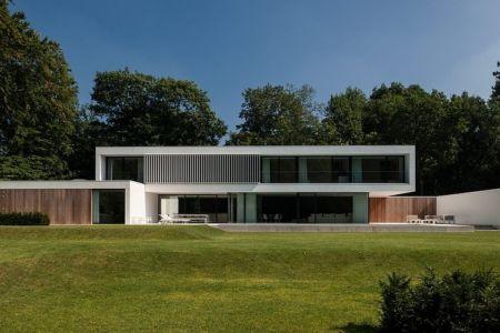 façade terrasse - HS Residence par Cubyc Architects - Bruges, Belgique