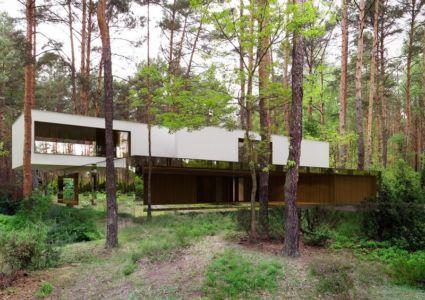 façade terrasse - Izabelin House par REFORM Architekt - Varsovie, Pologne