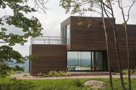 façade terrasse arrière - La-chevre par Atelier Pierre Thibault - Québec, Canada