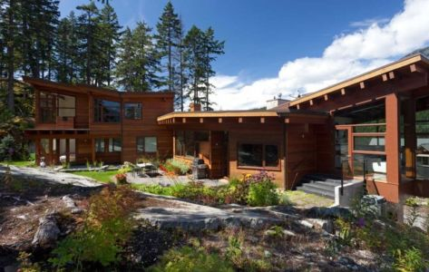 façade terrasse - Lakecrest Residence by aka Architecture + Design - Whistler, Canada
