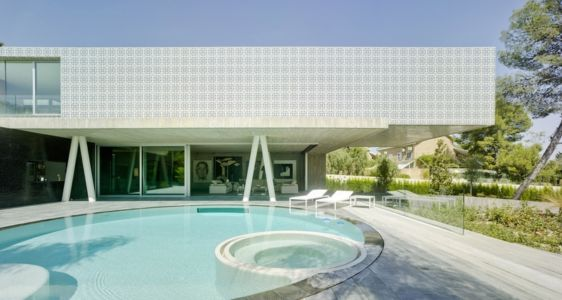 façade terrasse - Maison 4 en 1 par Clavel Arquitectos - Guadalupe, Espagne - photo David Frutos