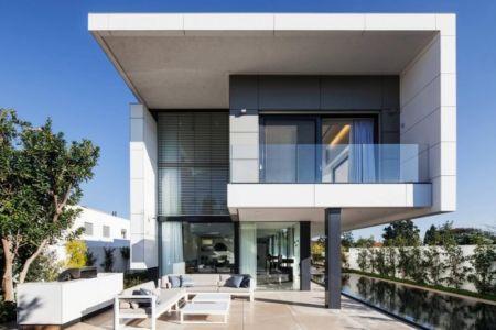 façade terrasse - Maison contemporaine béton par Ron Aviv - Tel Aviv, Israël