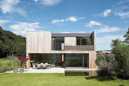 façade terrasse - Maisons bois contemporaines par Zamel Krug Architekten - Hagen, Allemagne