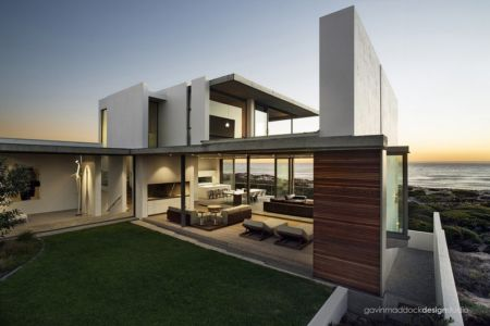 façade terrasse - Pearl Bay Residence par Gavin Maddock Design Studio - Yzerfontein, Afrique du Sud