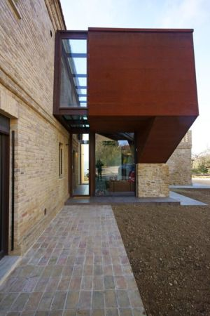 façade terrasse - Recupero-casa par Rocco Valentini - Chieti, Italie