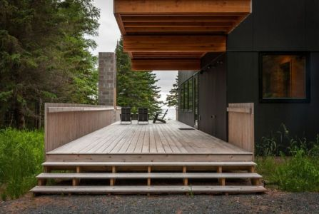 façade terrasse bois - Lake-House par David Salmela -  Wisconsin, USA