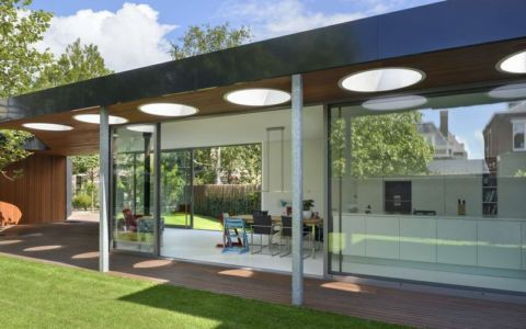 façade terrasse bois - Villa-Juliana par Borren Staalenhoef Architects - Leeuwarden, Pays-Bas