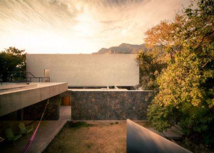 façade terrasse & cour - Casa-Meztitla par EDAA - Tepoztlan, Mexique