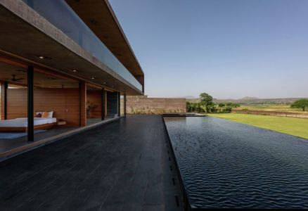 façade terrasse & piscine - Panorama House par Ajay Sonar - Maharashtra, Inde
