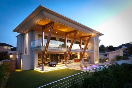 façade terrasse de nuit - Applecross House par Brian Burke Homes - Perth, Australie