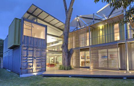 façade terrasse de nuit - Casa incubo par Maria Jose Trejos- Costa Rica