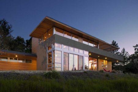 façade terrasse de nuit - HudsonPanos Residence par Swatt & Miers Architects - Healdsburg, Usa