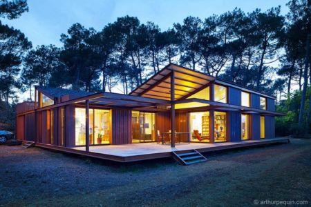 façade terrasse de nuit - Maison Alios par Guillaume Cosculluela - Pays Basque, France