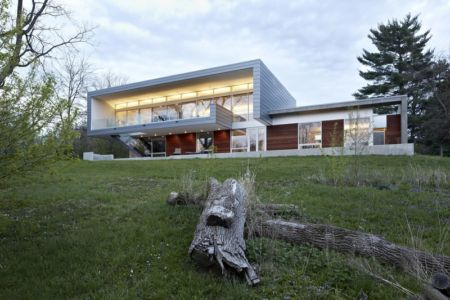 façade terrasse de nuit - Riverview House Studio Dwell Architects - Wayne, Usa