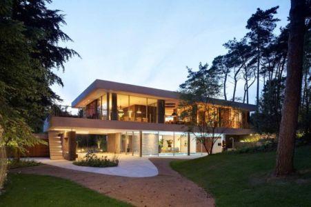 façade terrasse de nuit - The Dune Villa par HILBERINKBOSCH Architects - Utrecht, Pays-Bas