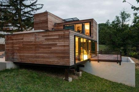 façade terrasse de nuit - maison Pegasus par Saint-Cricq architecte - Toulouse, France