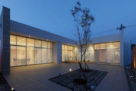 façade terrasse & jardin - YAM par ks-architects - Nagoya, Japon