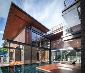 façade terrasse & piscine - Bridge-House par Junsekino Architects And Design - Bangkok, Thaïlande