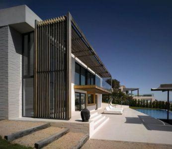 façade terrasse & piscine - Villa-Brash par Jak Studio - Saint-Tropez, France