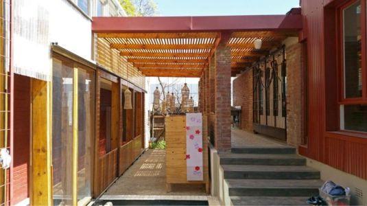 façade terrasse & porte vitrée entrée - Red-House par Kate Otten Architectes - Afrique du Sud