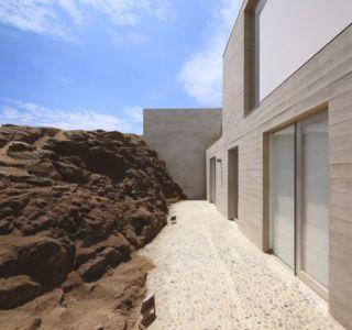façade terrasse rez de chaussée - House-Poseidon par Domenack arquitectos - Pucusama, Pérou