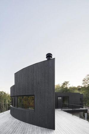 façade terrasse toiture bois - La-Heronniere par Alain Carle Architecte - Québec, Canada