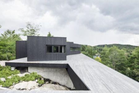 façade toiture bois - La-Heronniere par Alain Carle Architecte - Québec, Canada