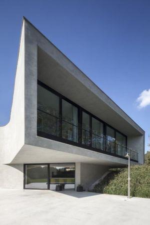 façade vitrée entrée - Villa-MQ par Office O architects - Belgique