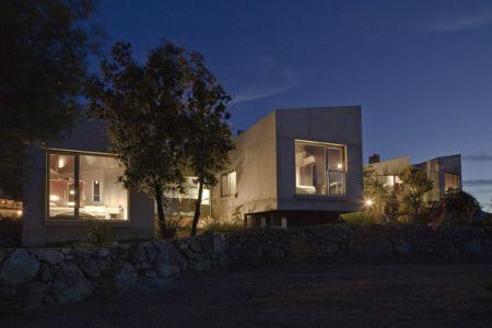 façades de nuit - maisons contemporaines par Bona-Lemercier - Monticello, France