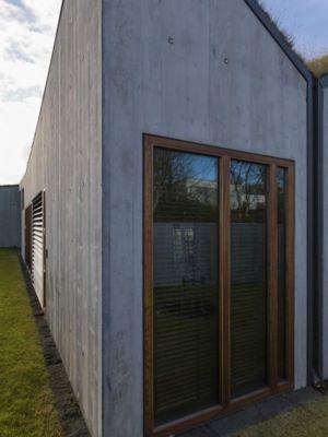fenêtre bois - Bakkaflöt 14 par Studio Granda - Islande