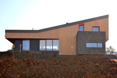 flanc colline - Hajdo-House par Blipsz Architecture - Odorheiu Secuiesc, Roumanie