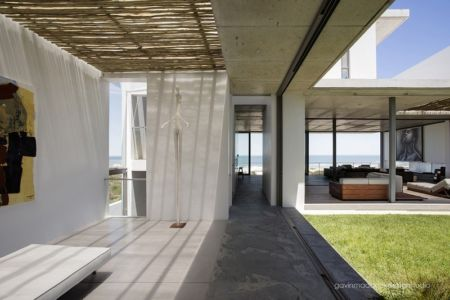 galerie d'art - Pearl Bay Residence par Gavin Maddock Design Studio - Yzerfontein, Afrique du Sud