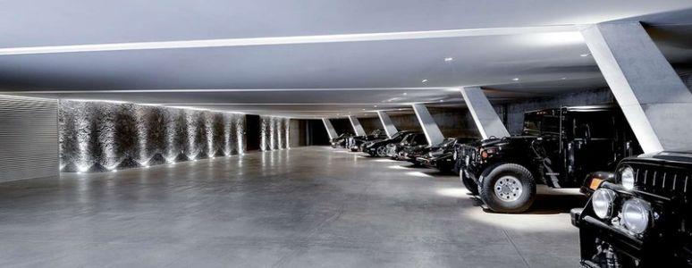 garage et voitures - JRB House par Reims Arquitectura - Santa Domingo, Mexique