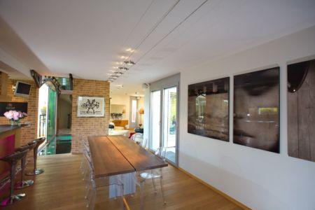 grand séjour - Barbo House par Ralph Büeler (Bend Group) - Genève, Suisse