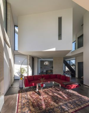 grand salon - Paradox house par Klab architecture - Athènes, Grèce