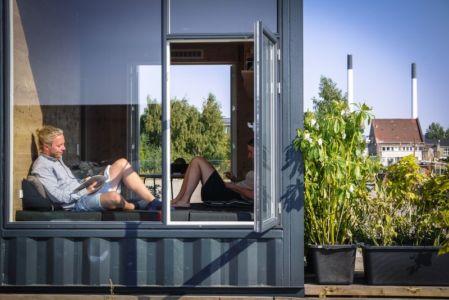 grande baie vitrée - Container-Home par Copenhagen Container Copenhague, Danemark